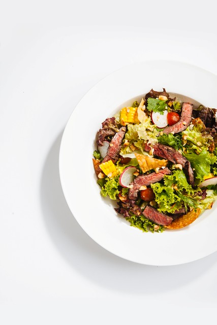 Magnum Cafe Asian Steak Salad