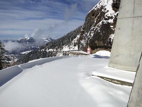 Old cliff road to Col de la Ramaz