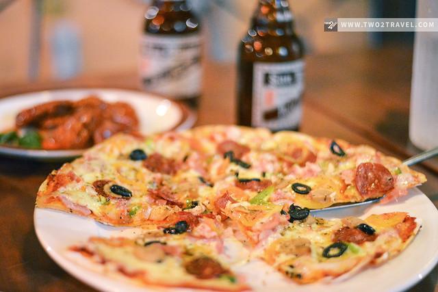 Handuraw Pizza, Cebu City, Philippines