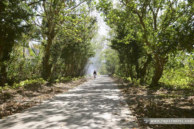 Roads leading to Valugan Boulder Beach, Batan Island, Batanes - Two2Travel.com