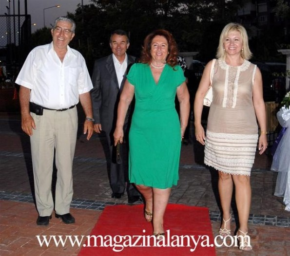 Emin Yener, İsmail Hakkı Erdağ, Hülya Yener ve Canan Erdağ