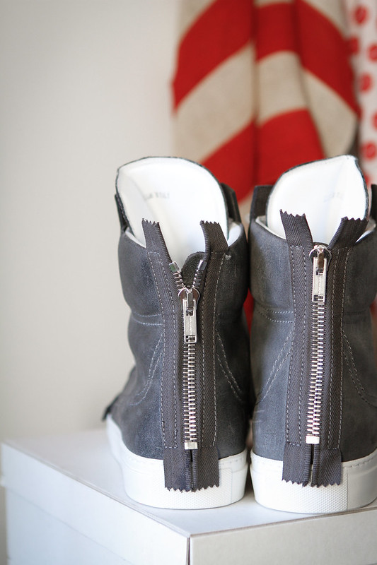 Tuukka13 - New Kris Van Assche High-Top Sneakers Grey Charcoal Leather with Zippers in Back -1