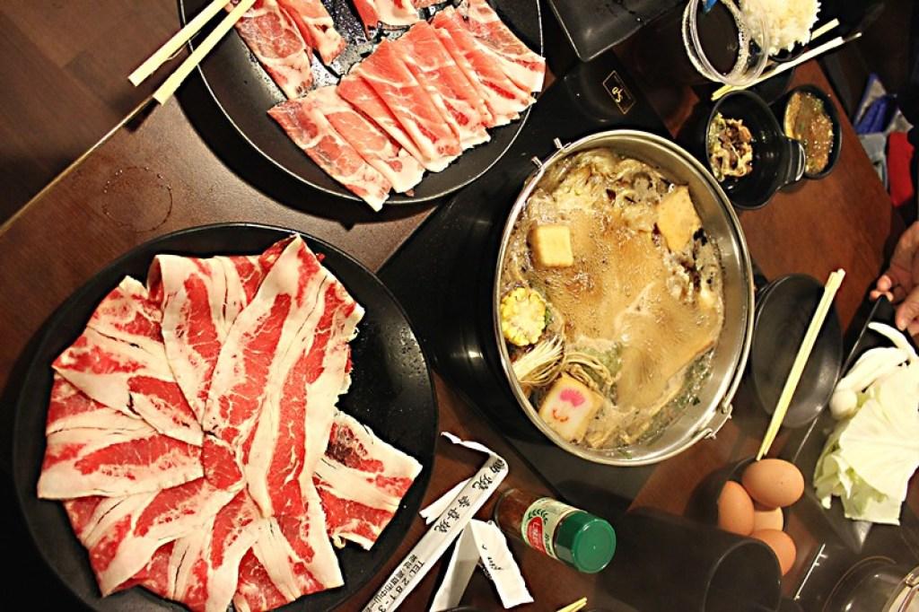 就這樣,平安夜就在壽喜燒鍋之夜度過...