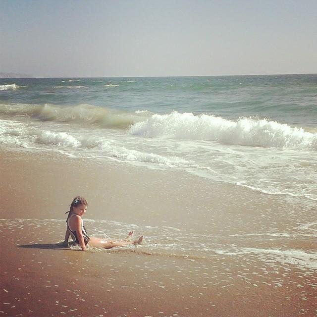 My little California girl...the beach is her home... #homeschool #beachlife #magicalchildhood