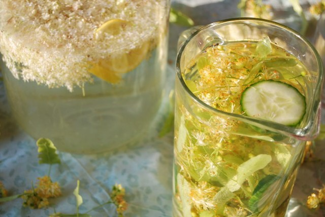 Flavoured Water: Elderflower and Linden Blossom