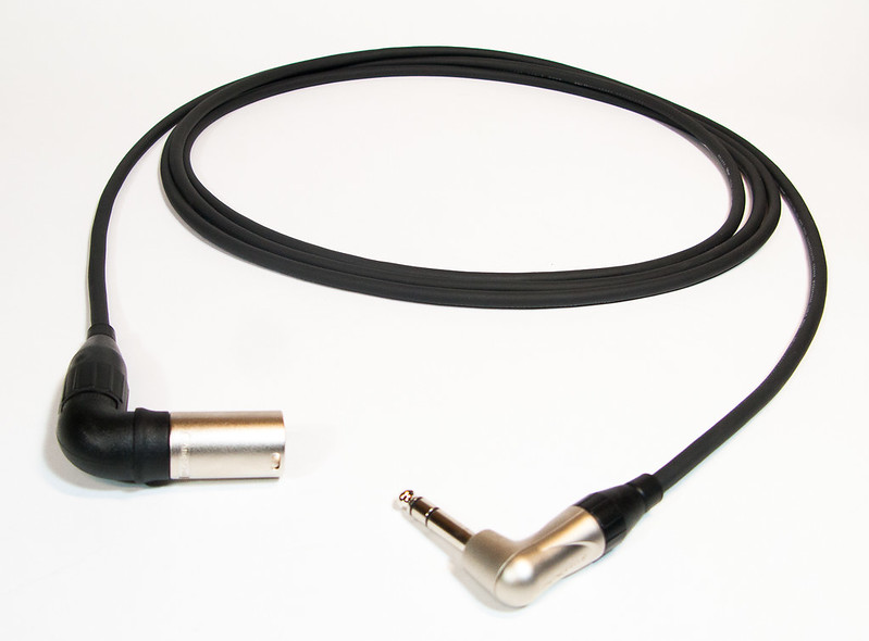Belden + Amphenol (Monitor cable)-1