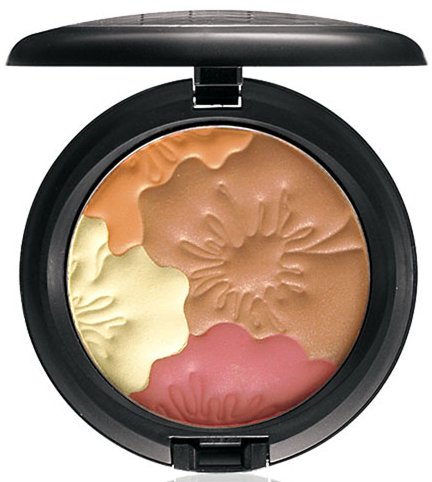 MAC in Lillyland Pearlmate Face Powder