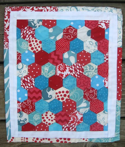 DQS8- hexagon quilt done!!