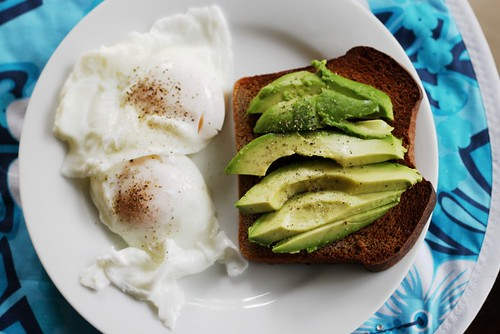poached eggs with avocado and toast