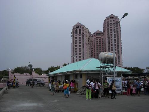 Hilton Property Near Rainbow Park Beach Chicgo Il