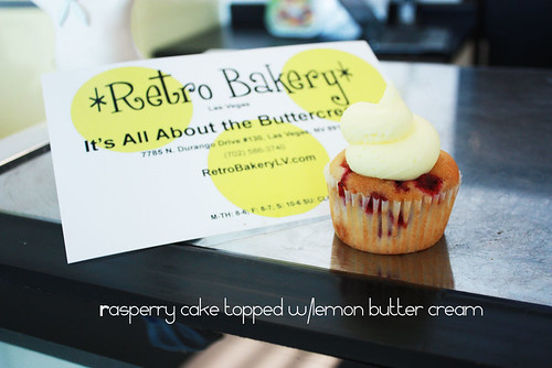 RetroBakery-Pucker_up
