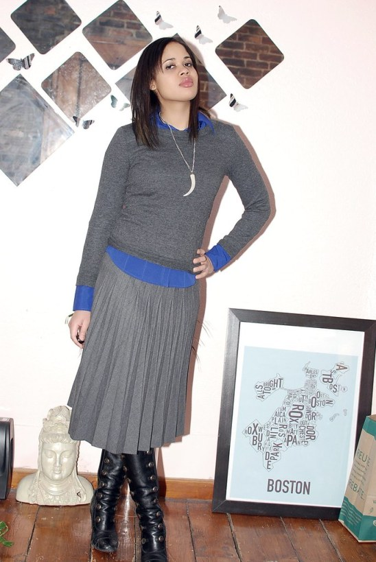 business casual outfit full skirt banana republic gap
