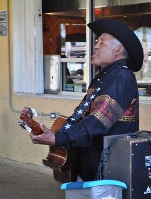 Singer at La Mexica