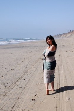 afghan goes to the beach