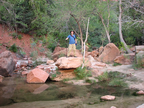 keith does his adventurer pose at zion national park