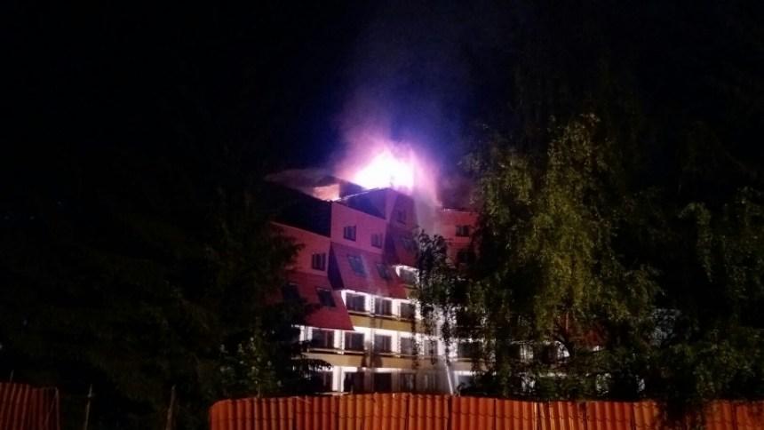 Incendiu de proporții în Poiana Brașov