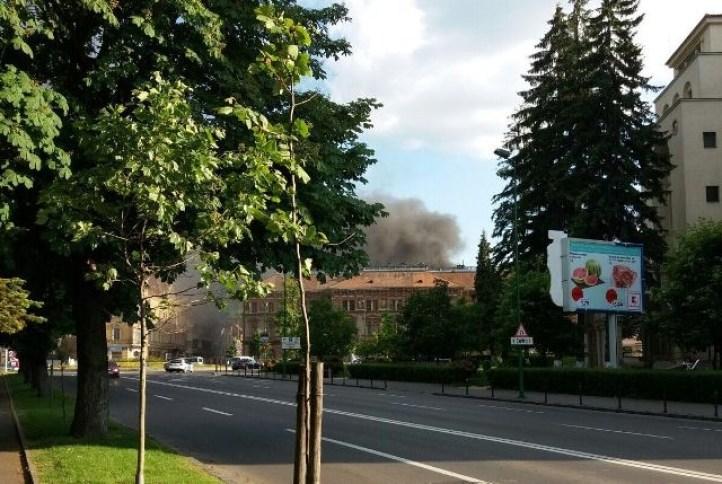 Incendiu puternic în spate la Rectorat