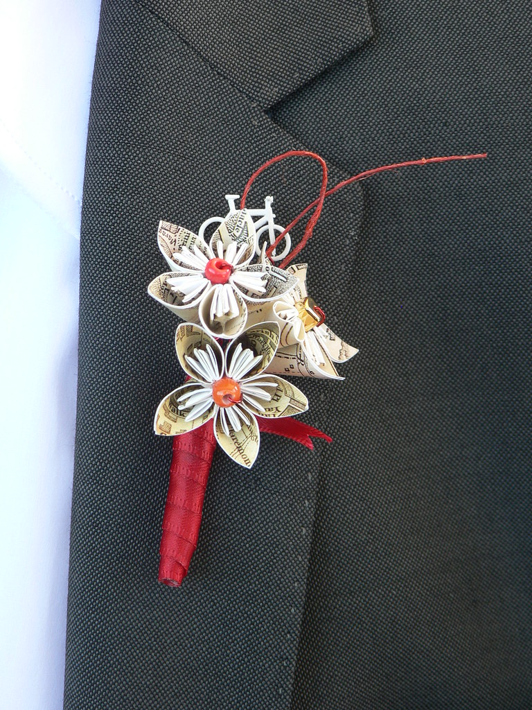 Glenn's buttonhole made by Nicole