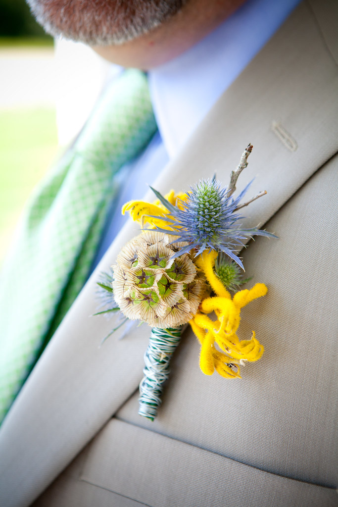 awesome boutonnieres