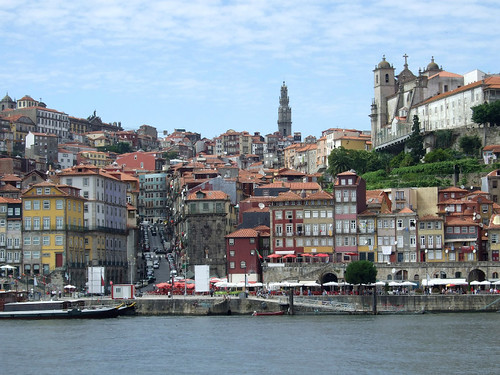 Riverfront in Porto (photo credit - On Foot Holidays).reduced