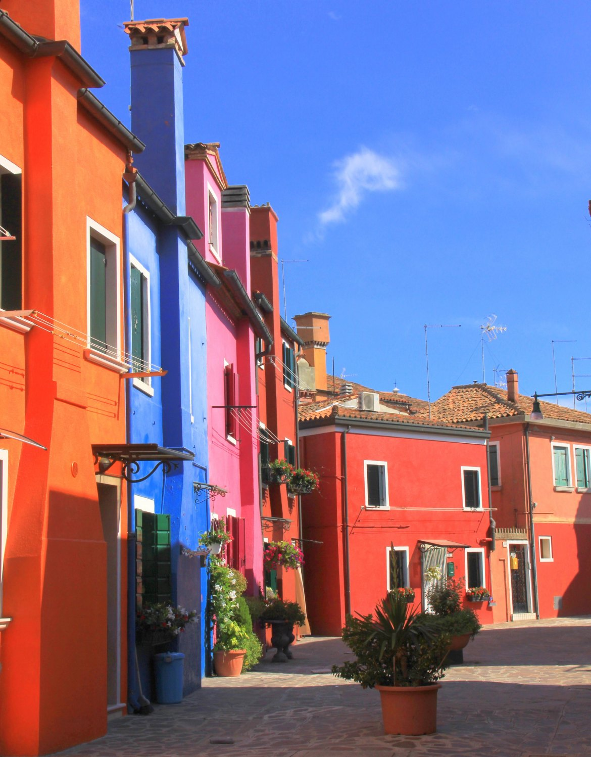 A colourful slice of Burano island in Italy
