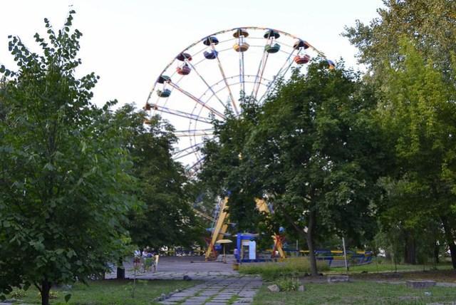 A Weekend in Dnipro Ukraine _ Rusty Ferris Wheel