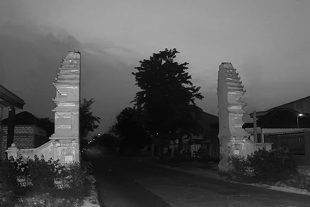Gerbang-Masuk-Desa-Benjeng