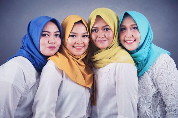 gofotovideo makeup artist / tata rias universitas negeri jakarta 0245