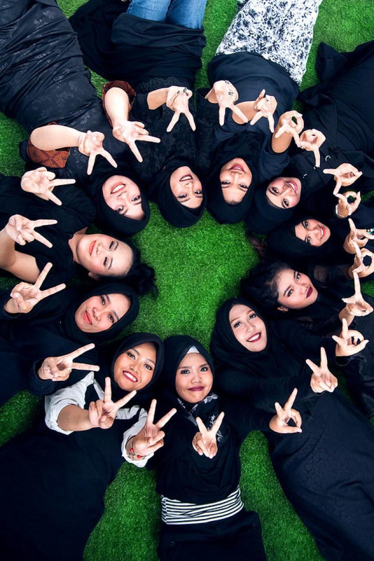 gofotovideo makeup artist / tata rias universitas negeri jakarta 0220