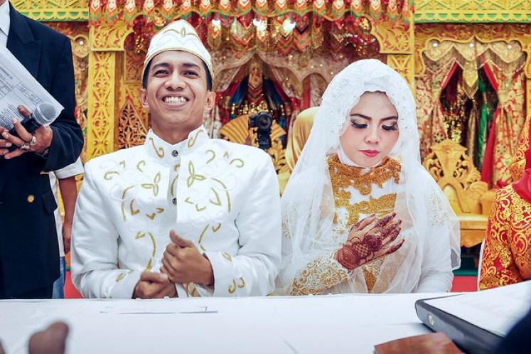 gofotovideo pernikahan adat minang di graha wredatama 124