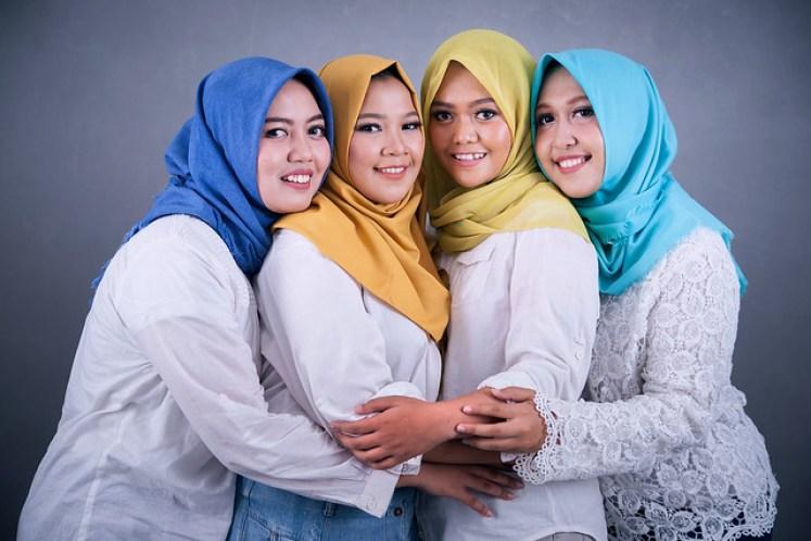 gofotovideo makeup artist / tata rias universitas negeri jakarta 0244