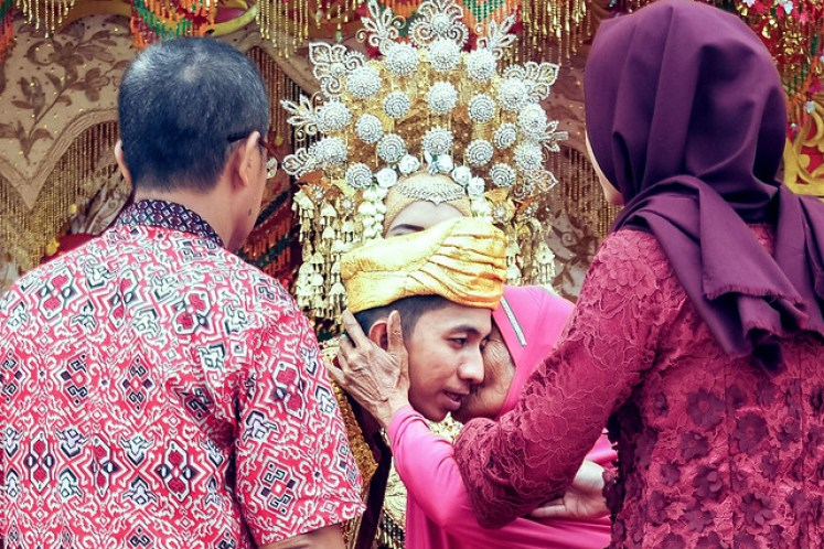 gofotovideo pernikahan adat minang di graha wredatama 155