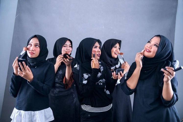 gofotovideo makeup artist / tata rias universitas negeri jakarta 0210