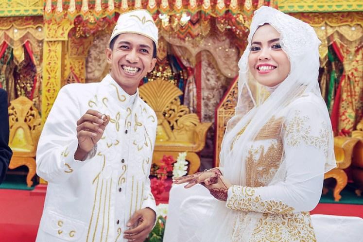 gofotovideo pernikahan adat minang di graha wredatama 130