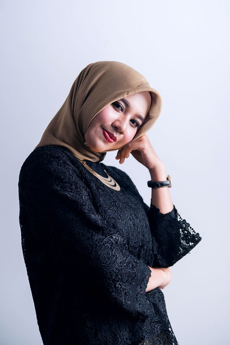 gofotovideo makeup artist / tata rias universitas negeri jakarta 0211