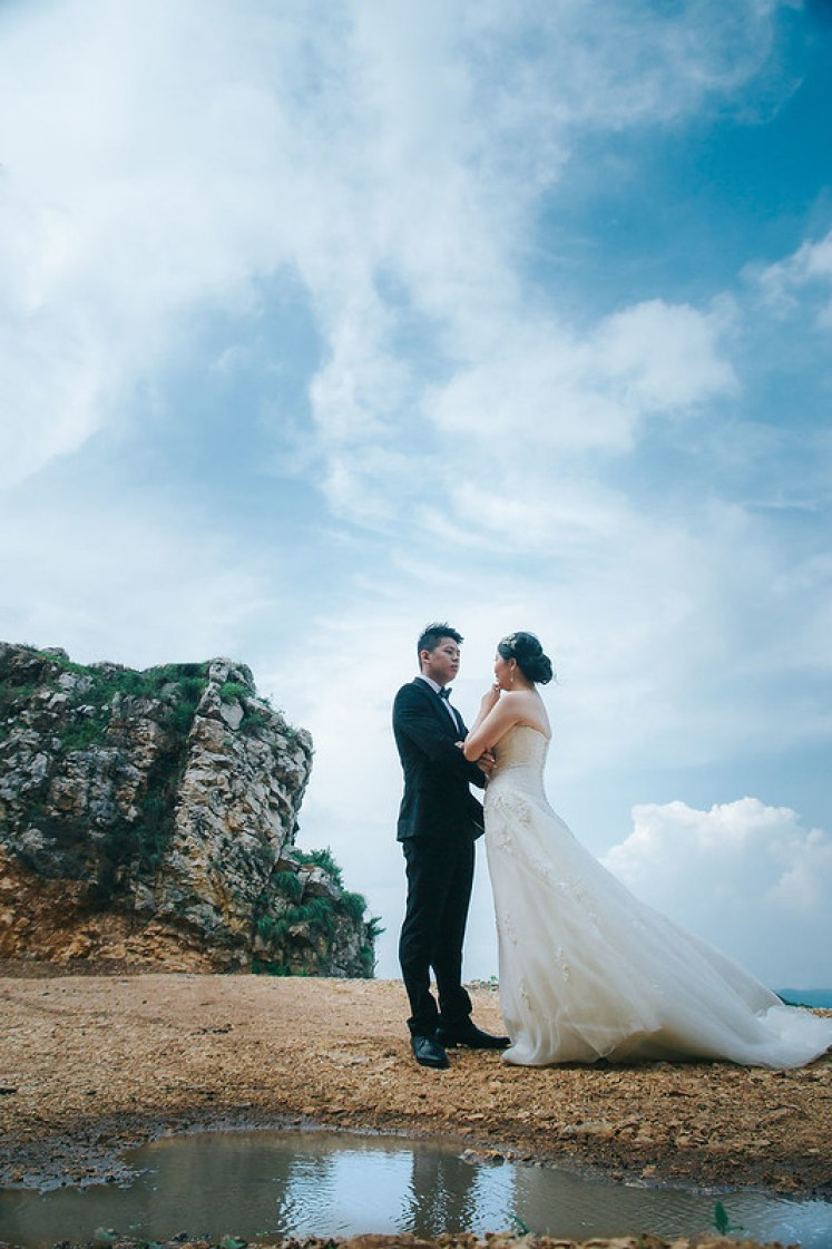 gofotovideo prewedding at stone garden padalarang 036