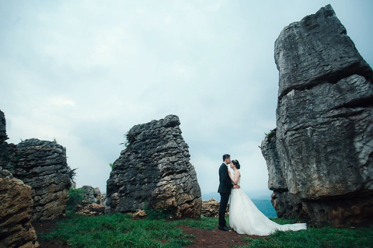 gofotovideo prewedding at stone garden padalarang 032