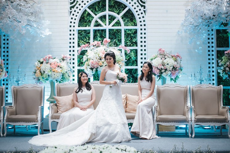 gedung orang tua wedding by gofotovideo 022