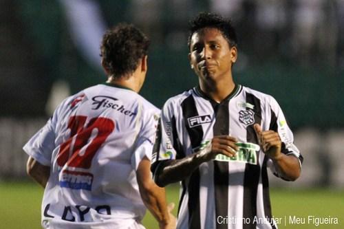 Figueirense 5 x 2 Brusque - 07 - Foto de Cristiano Andujar - Catarinense 2011 - 23012011 copy