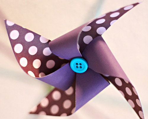 DIY-paper-pinwheel
