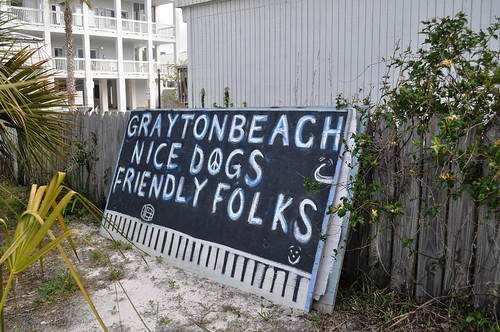 Grayton Beach, Fla. - Nice Dogs