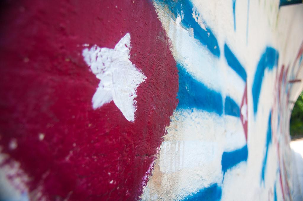 Cuban flag - graffiti