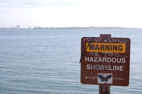 Warning!  Hazardous shoreline.