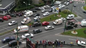 """FOTO Medicul cu Mercedesul ML care a provocat accidentul de la """"Trei Alimentare"""" a fost reținut"""