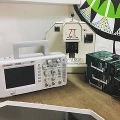 Electronics lab got some new toys!!