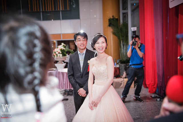 peach-wedding-20150412-967-923