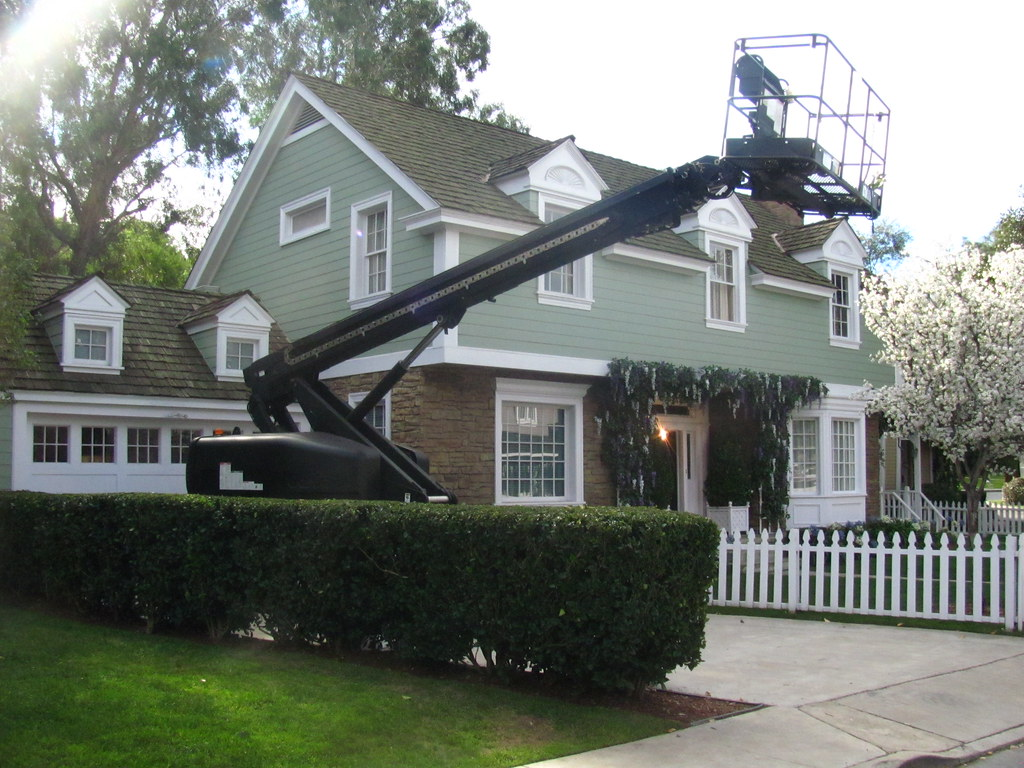 Supple Young House On Wisteria Lane On Universal Studio Tour Young House On Wisteria Lane On Universal Studio Tour Leave It To Beaver House Wisteria Lane Leave It To Beaver House Color curbed Leave It To Beaver House