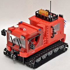 Rescue vehicle Pisten bully.(snowcat)