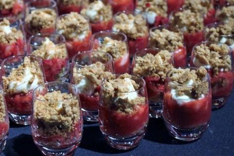 Wendy Boys - Cocolicio Strawberry rhubarb shortcake