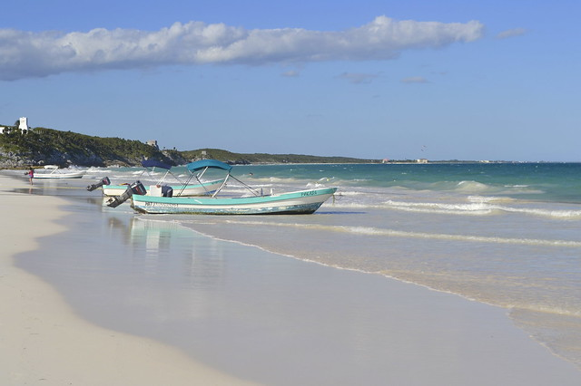 Cancun alternatives _ Tulum beach and boats